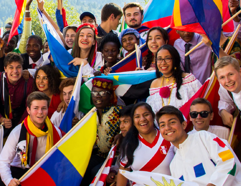 Bunter Haufen UWC Schüler